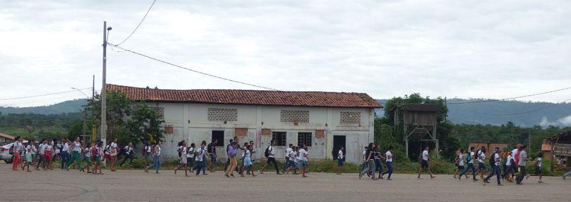 pm criancas correndo bem ensino medio horizontalzona
